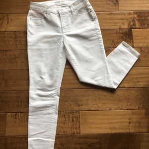 Old Navy Super Skinny Mid Rise Ankle White Jeans